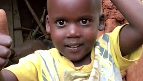 非洲小孩这四川话说的正宗啊!网友:厉害了!