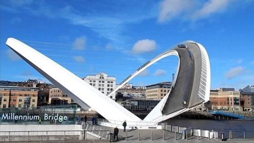 """唯一能""""旋转""""的大桥,桥身重850吨,使用3天就大修"""