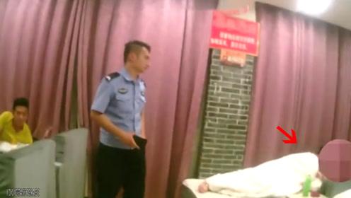 """男子浴场内盗窃手机 次日""""故地重游""""被当场抓获"""