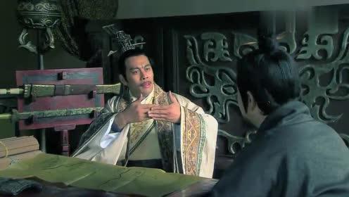 电视剧钟离眜把楚国地图献给韩信,让他一统霸业,韩信犹豫了