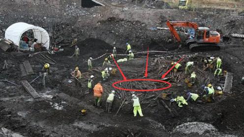 俄罗斯挖出中文石碑,两国专家解开碑文之后,气氛突然尴尬了