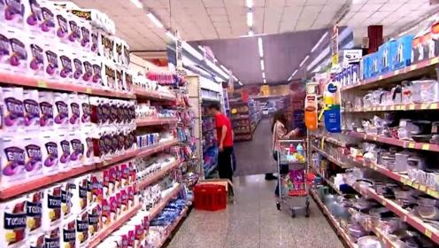 """超市里遇到""""鬼打墙""""?每条道路都一样,顾客:我这是遇到什么了"""