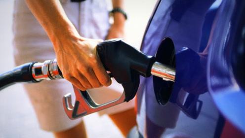摩托车汽油VS汽车汽油,都是燃油差别有多大?加错会怎样?