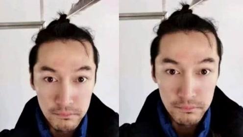 刘涛给胡歌庆生,却被网友质疑是黑粉,头插羽毛很有胡歌自拍的范