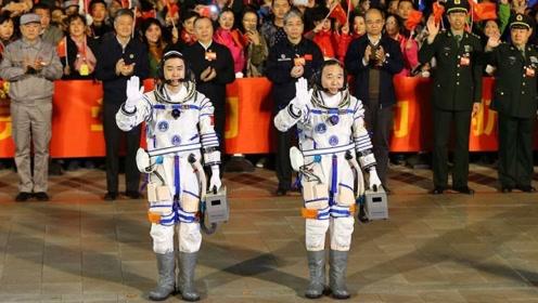 中国太空服的设计难题,竟被一盘虾解决了?真不愧是中国智慧!