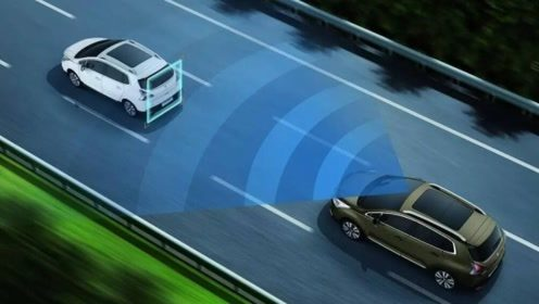 新手学员上路如何正确判断与前车距离?试试这个小技巧,简单易学