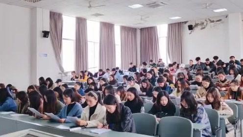 四川师范大学合唱《如果有来生》,和声的感觉很棒