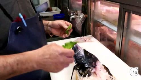 这日本厨师厨艺太高了,生鱼片切得惟肖惟妙,造型太好看了