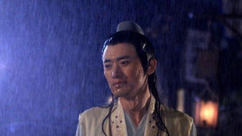 雨戏原来是这么拍摄的?看到这样的雨中吻戏不再浪漫了