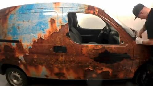 高手在人间:奇葩老外发明新型喷漆技术,汽车商看到成品后急了