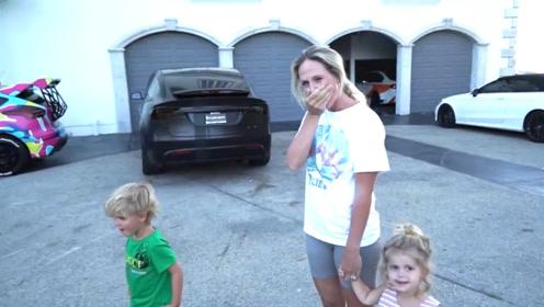 送带孩子的老婆一辆兰博基尼,揭下眼罩后,老婆的反应太可爱了