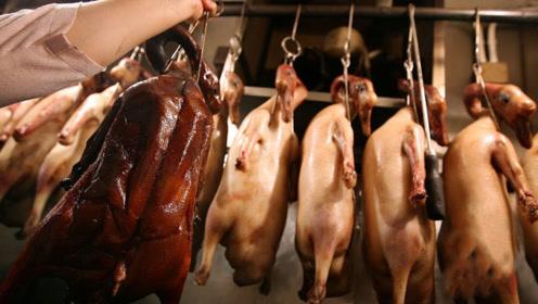香港平民美食,卤水狮头鹅,想要吃多少随便切块,生意火爆!