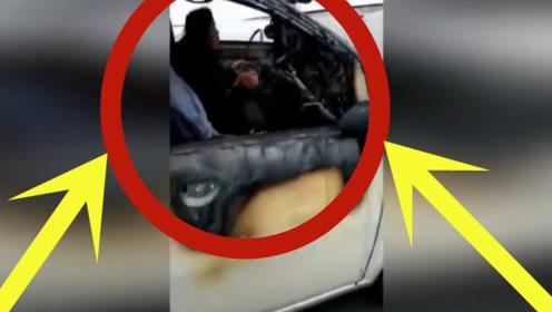 """史上最牛""""女司机"""",车被烧成铁架子,女子淡定从容驾驶!"""