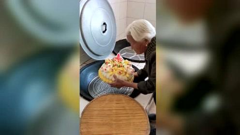 老一辈人的生日蛋糕,比蛋糕店做的好吃100倍,如今已失传!