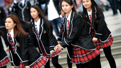 女大学生因穿校服难看开始减肥,2个半月减26斤成男生追求目标