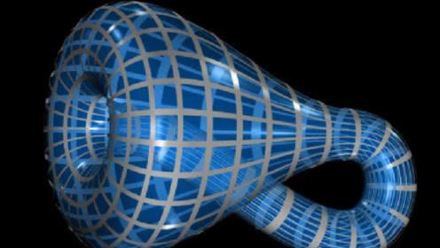 克莱因瓶为何诡异?在3维空间中,人类永远无法造出克莱因瓶