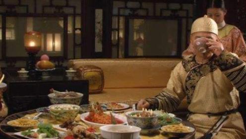 皇帝一盘菜不能吃三口,剩下的都去哪了?看完恍然大悟