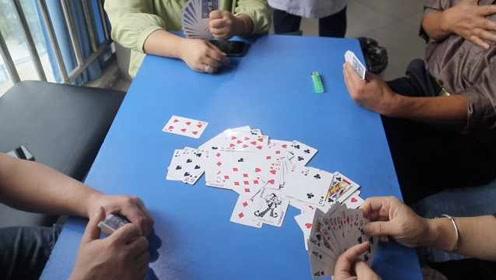 精神科患者组团打牌,医生:是一种交流和治疗