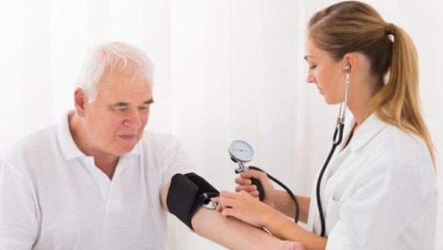 医生告诫:3种食物,是高血压患者不能碰的,很多人却不当回事!