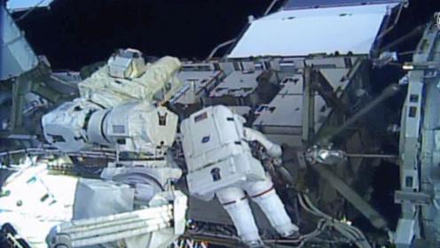 高清现场:史上首次!国际空间站实现全女性宇航员太空行走