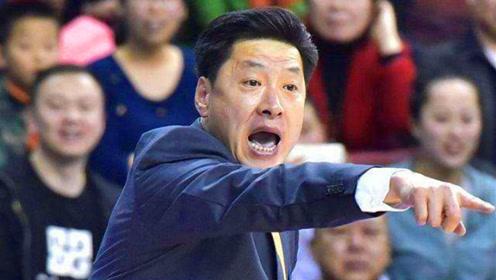 男篮主帅的典范!常林恶犯遭李春江大声怒斥:有你这么打球的吗?