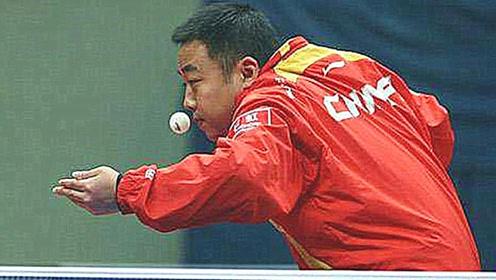 """有一种""""发球""""叫刘国梁,老外当场""""崩溃"""":不打了,他作弊!"""