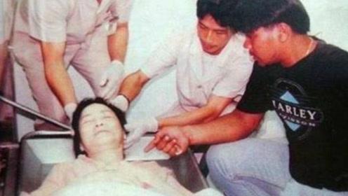 """邓丽君被害死?法医透露实情:曾遭人毒打,""""巴掌印""""吓人?"""