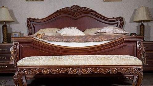 """为何古代床尾凳要叫""""春凳"""",是用来干嘛的?看完涨知识了"""