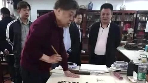 赵忠祥称收钱合影:无中生有 妖言惑众 若有一例百倍奉还
