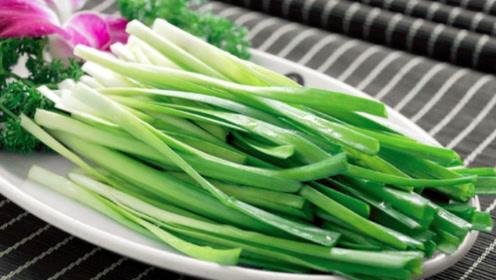 营养师提醒:韭菜不宜跟这3样食材一起吃,不利健康还没营养
