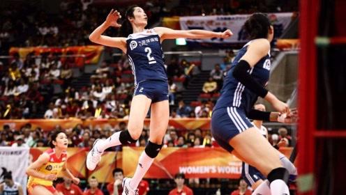 中国女排高光时刻:朱婷一记后仰暴扣惊艳全场,对手都快哭了!