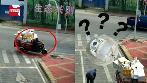 男子酒驾撞掉监控杆上的探头,捡起就跑:以为捡走不用受罚