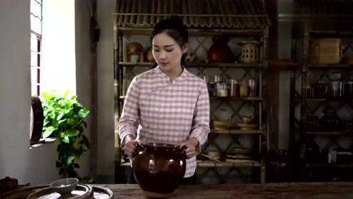 云南杨梅醋拌米线你们吃过吗?酸酸凉凉的,让人欲罢不能