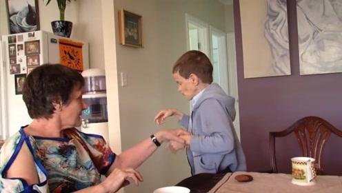 10岁男孩却如同40岁老人!世界罕见的怪病,母亲心急难耐