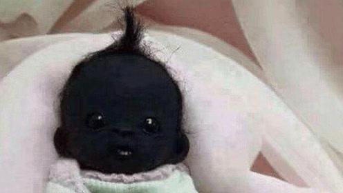 最黑的婴儿都两岁,关灯你都看不见他,虽然黑父母每天很开心