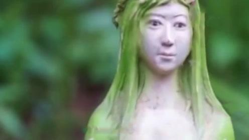 """泰国发现""""女人树"""",结的果子像女人,游客看后不淡定了"""
