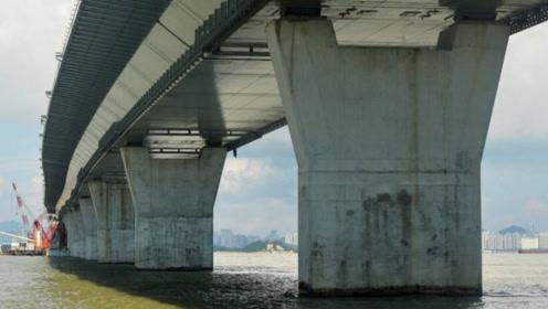 大海深度近百米,港珠澳大桥桥墩怎样建造的?中国工程师真厉害