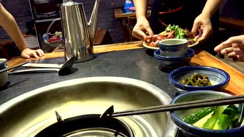 大sao出门吃火锅发现龙虾不要钱,直呼给店老板上一课