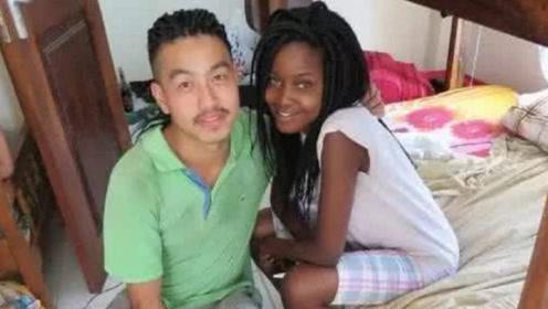 去非洲工作的中国人,为何一年不到,就同黑人女子结婚?网友:太现实