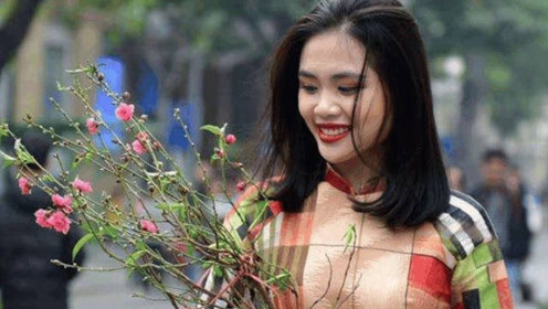 越南姑娘在中国旅游不到2天,就回国大肆吐槽:像回到了20年前
