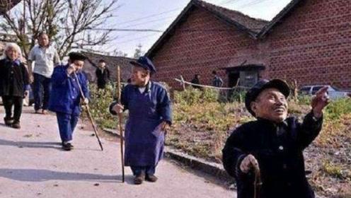 中国第一矮人村,村民在5岁时集体发病,长大后只有80厘米!
