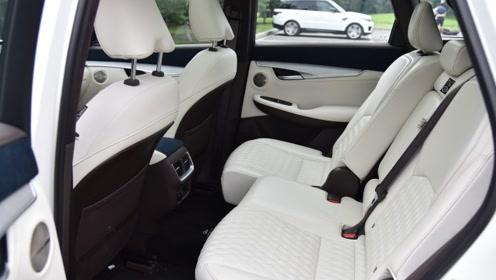 别只想着奔驰奥迪,中型SUV搭载2.0T/245马力,动力强又帅气