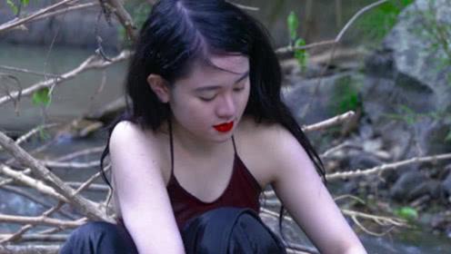 19岁缅甸少女太可爱,小伙不顾一切接近她,5分钟内搭讪成功
