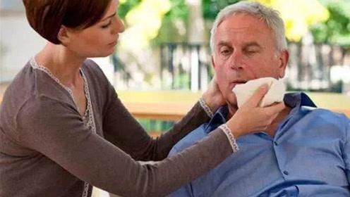 身体8个信号小心血栓前兆!三招让血管畅通无阻