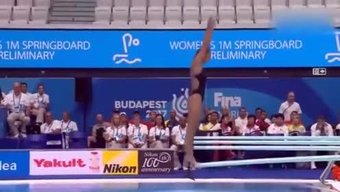 女子一米板跳水, 堪称国外跳水女神