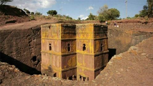 非洲神秘的岩石教堂,5000人花费30年时间,造出了11座教堂