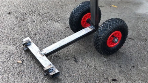 """30岁大叔发明""""轮胎千斤顶"""",效率提升5倍,50元造一台"""