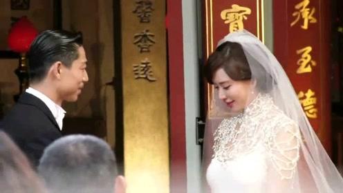 林志玲坐着交换戒指画面曝光 AKIRA遵循古礼:新娘会好命