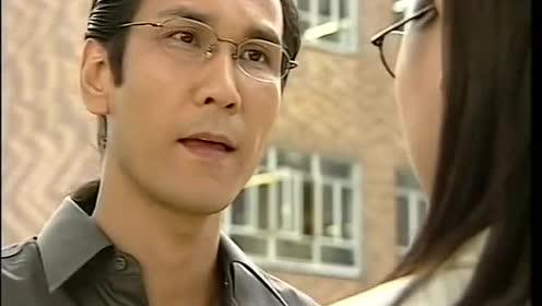 司徒奋仁为救刘警官,一气之下,将所有警察放倒!