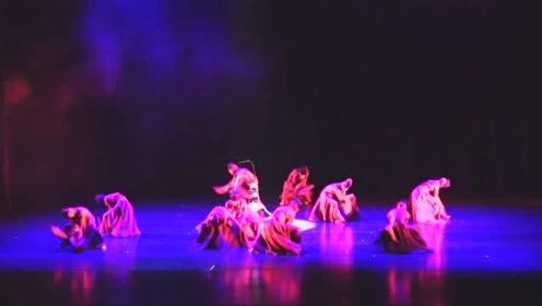 南充歌舞剧院全新创作《悟空》 唯美舞蹈诠释不一样的美猴王